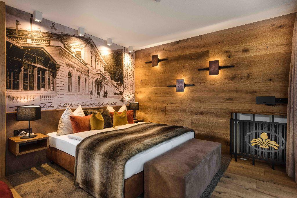 1604-gr. Schlafzimmer Ebene 1