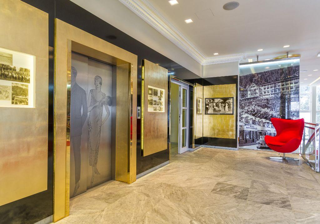 Aufzuege Foyer EG + Story telling