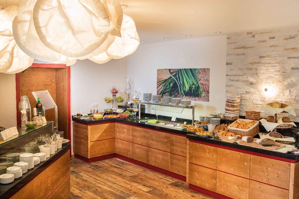 Hotel Grundlsee – Steiermark - Buffetraum
