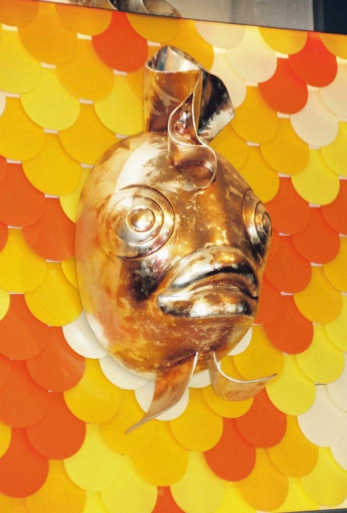 Fischmotivwand-Sushibar