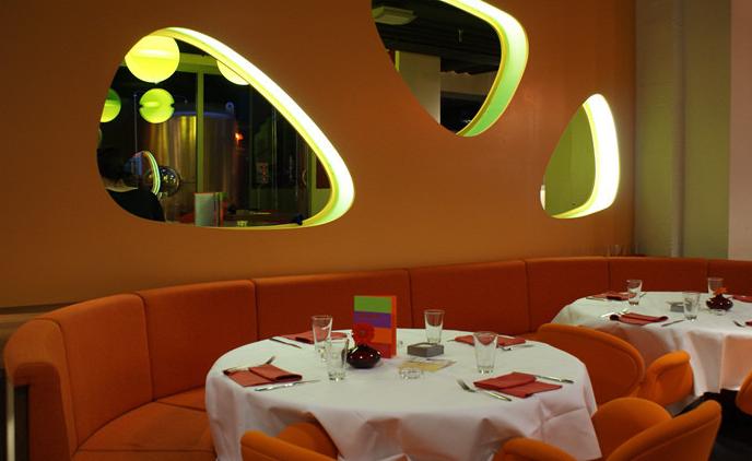 Raumteiler Bar-Restaurant