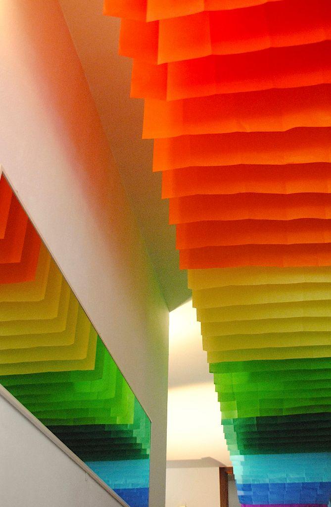 Link zu Designobjekte - Farben-Regenbogen an Flurdecke