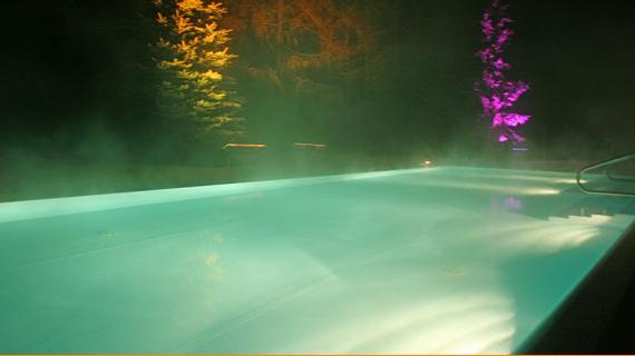 Schwimmbecken Garten + Nachtlichter
