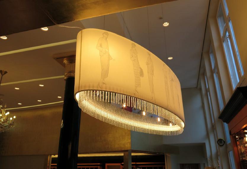 Sonderanfertigung Lampe Bar