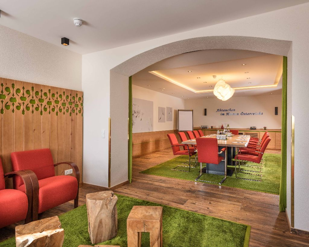 Tagungsraum + Lounge
